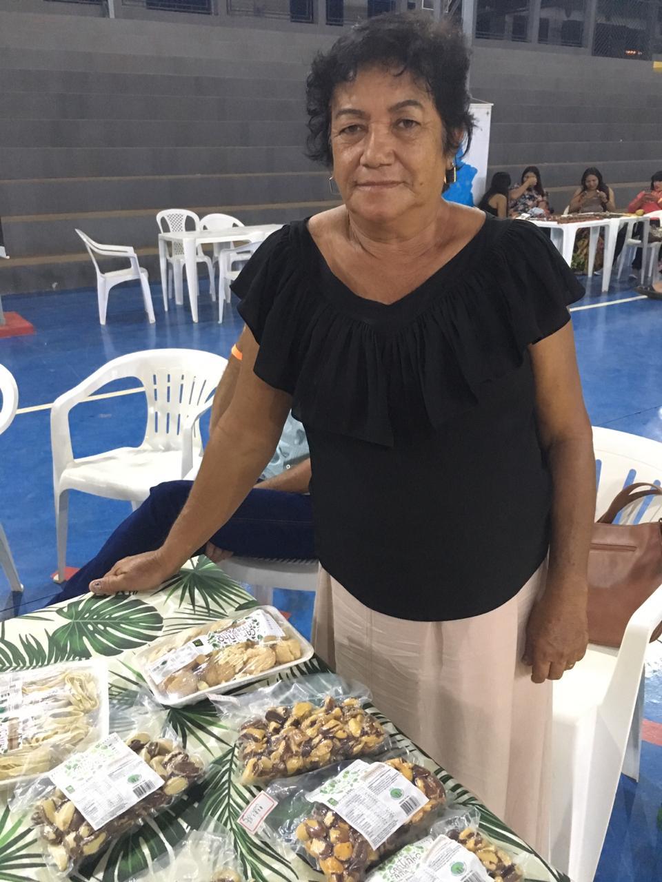 Foto 11_ Rute Aparecida participa na Associação de Mulheres Cantinho da Amazônia (AMCA). Foto_ Gesiel Souza de Holanda